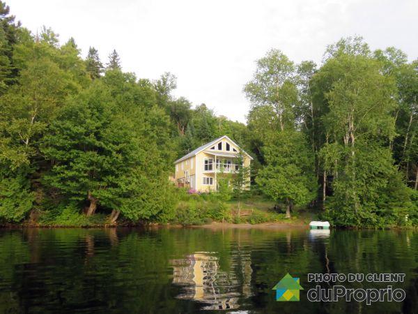 Lac - 555, chemin du Lac-Provost Nord, St-Donat à vendre