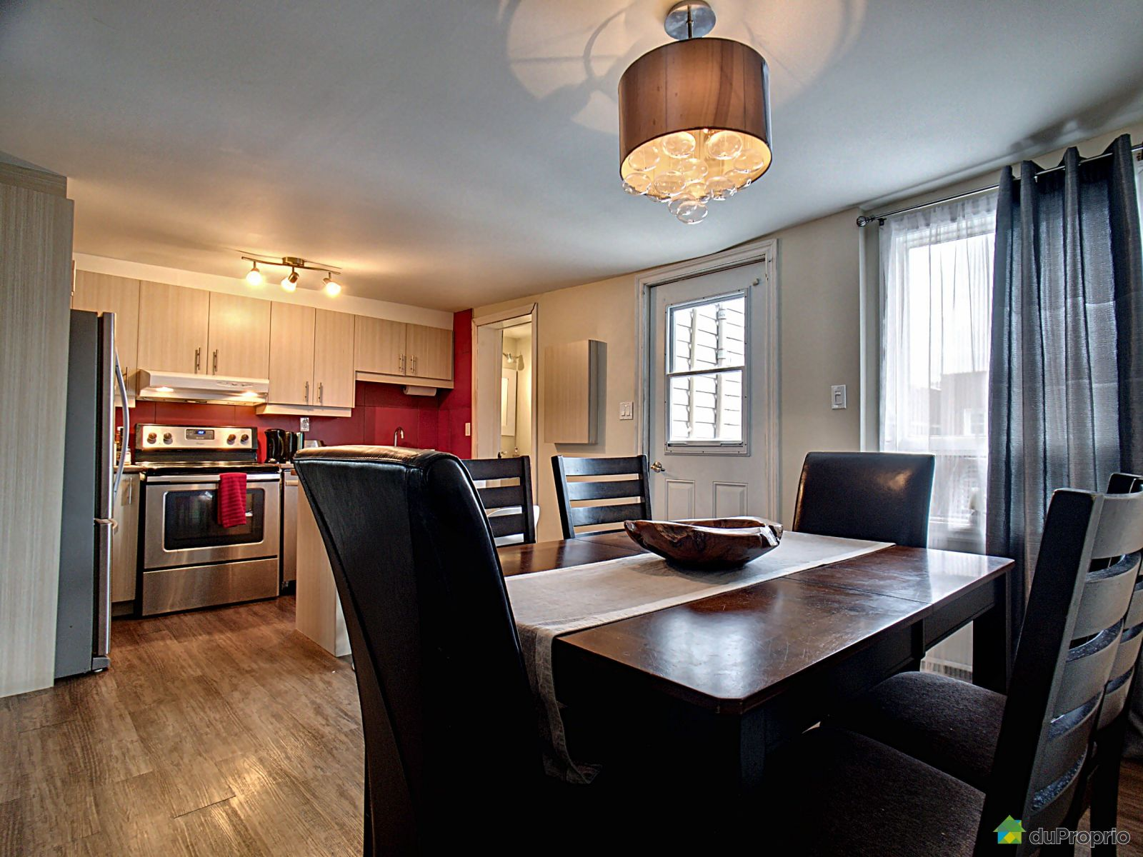 Eat-in Kitchen - 376-380, rue Montmagny, Saint-Sauveur for sale