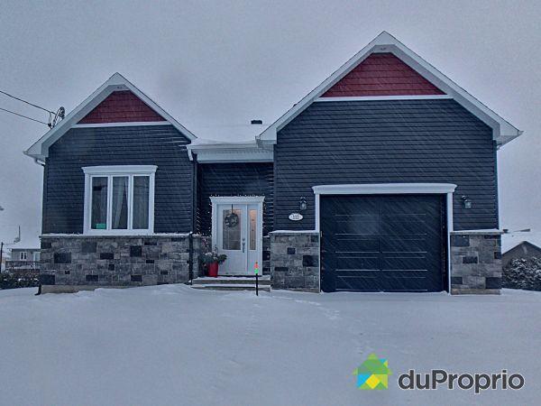 Winter Front - 112 rue Desrochers, Princeville for sale