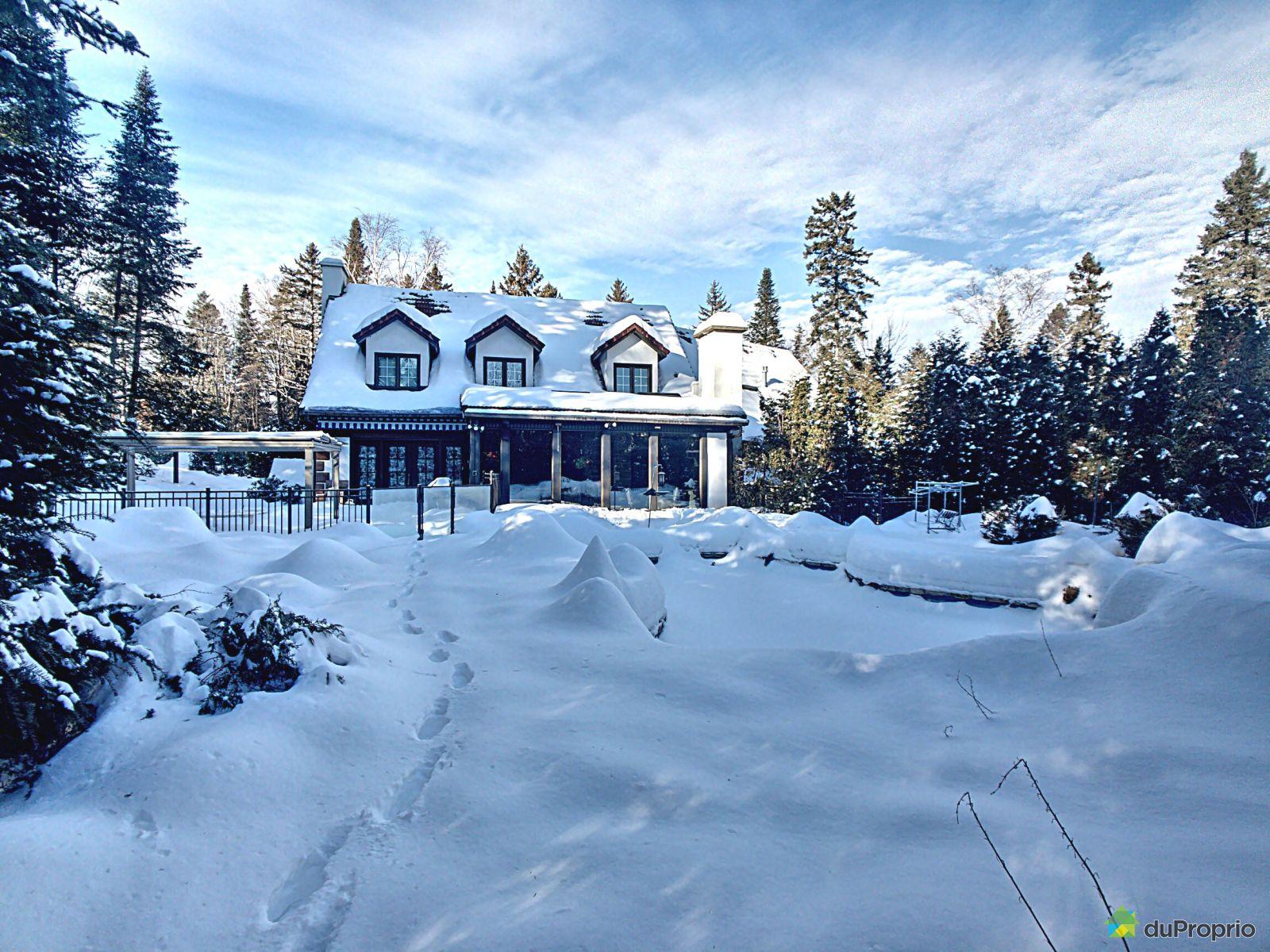 Winter Front - 264 chemin des Épinettes, Piedmont for sale
