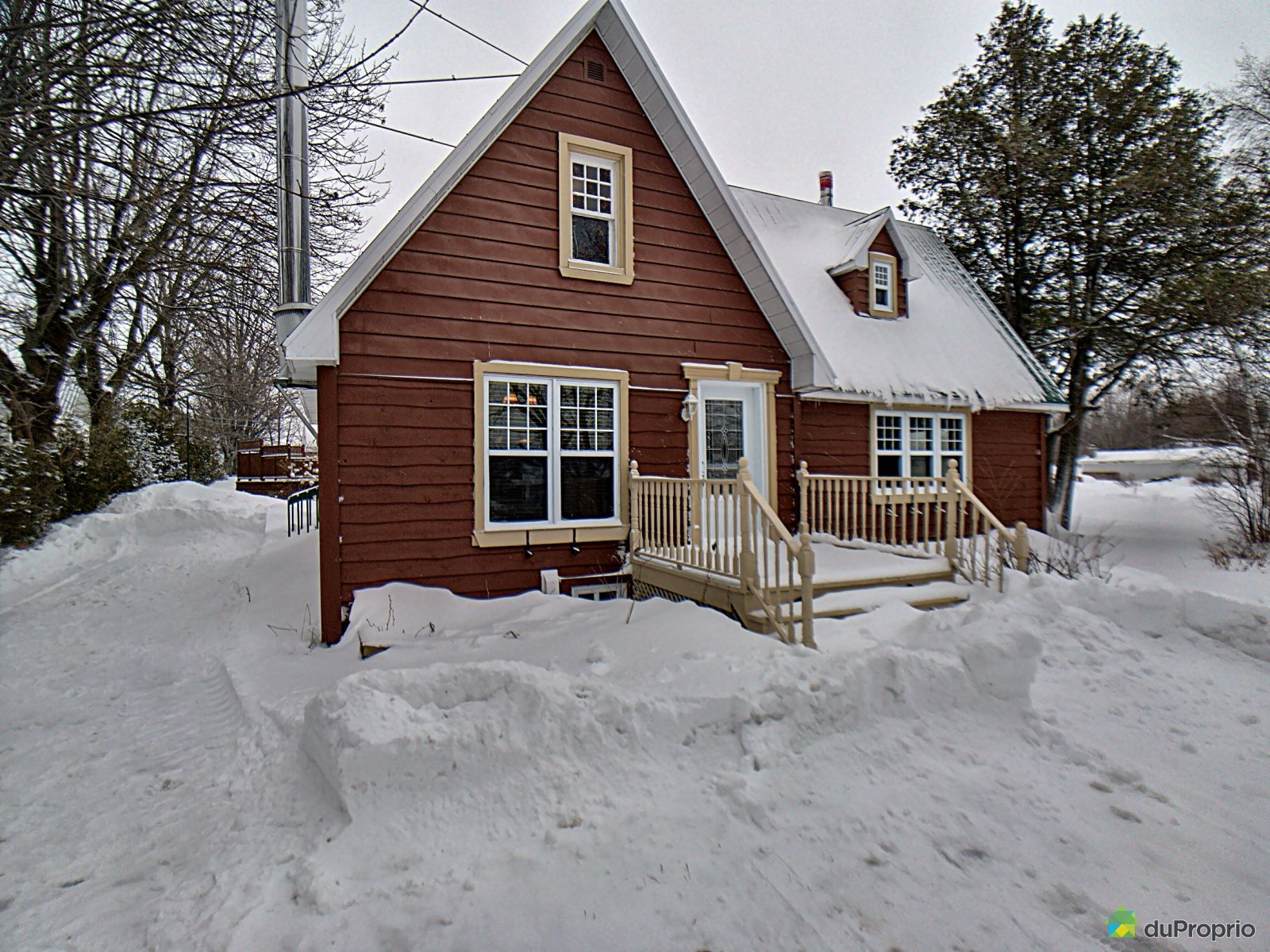 Winter Front - 172 boulevard Blais Est, Berthier-Sur-Mer for sale