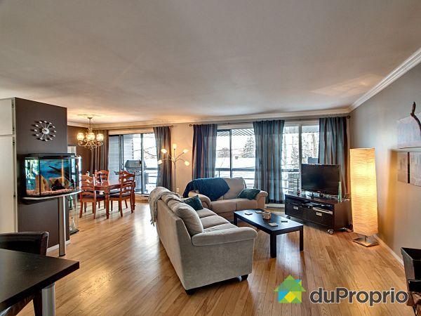 Salon - 121, rue des Hauts-Bois, St-Romuald à vendre