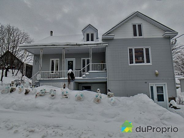 17 avenue de l'Église, Rimouski (Le Bic) for sale
