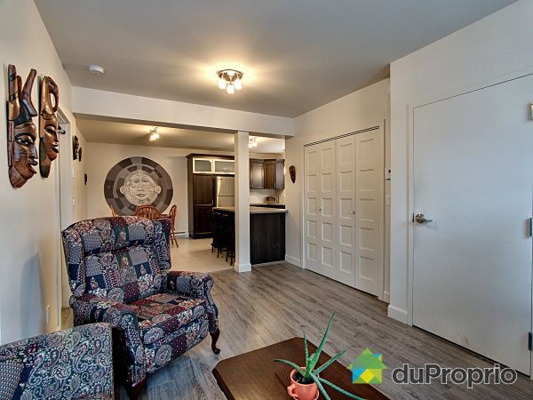 Living Room - 02-656 rue Saint-Bernard, Saint-Sauveur for sale