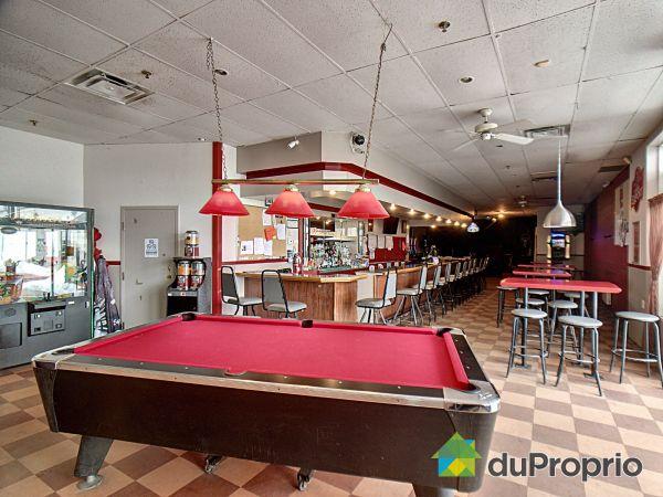 Bar - 4565, boulevard Saint-Joseph, Drummondville (St-Nicéphore) à vendre