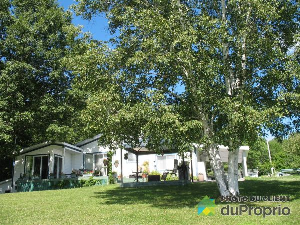 Summer Front - 337 chemin Lac-Ducharme, Ste-Marcelline-De-Kildare for sale