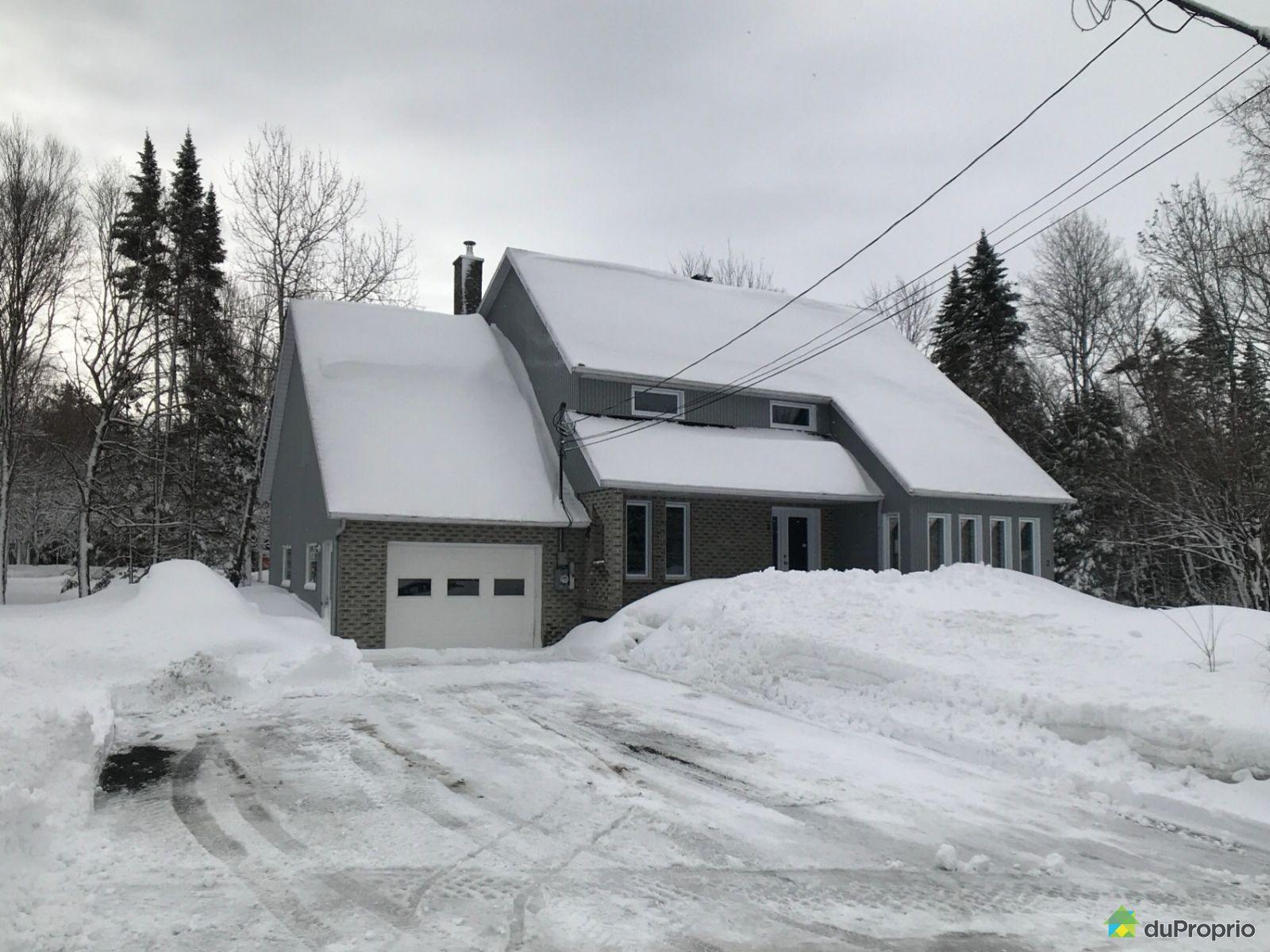 Winter Front - 3 avenue des Placements, St-Malachie for sale