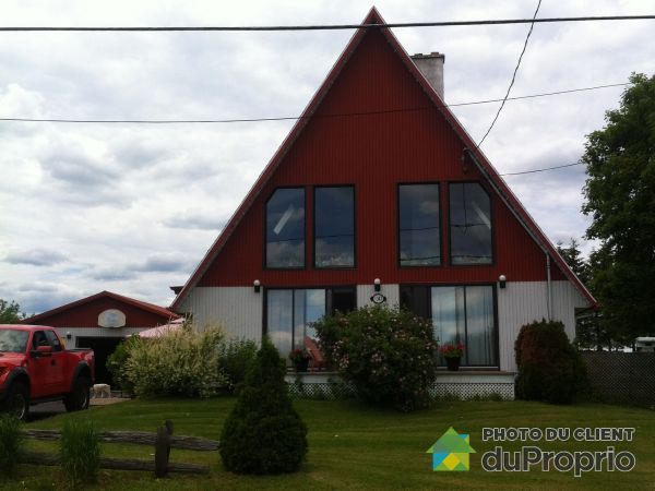 2347 chemin Saint-Michel Nord, Ste-Thecle for sale