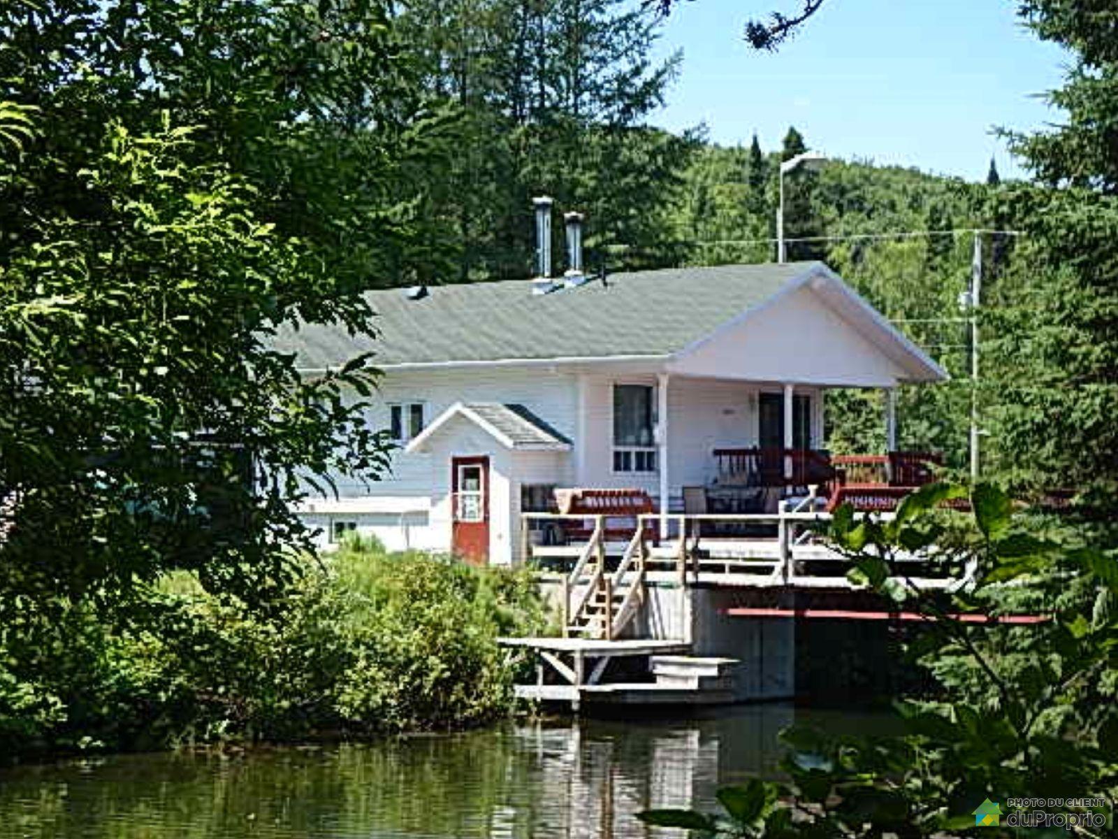 South Side - 101 chemin du Lac Carré, Ste-Apolline-De-Patton for sale