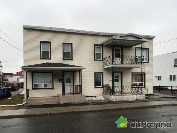 Winter Front - 211-213-215, rue Saint-Laurent, Trois-Rivières (Cap-De-La-Madeleine) for sale