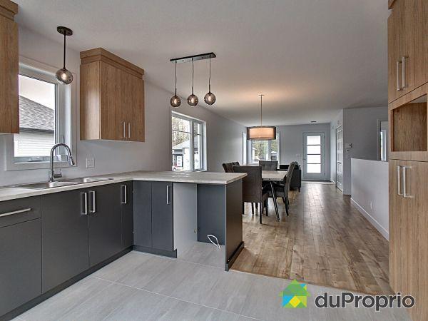 126, rue Athéna - Quartier St-Élie - Par les Constructions Christian Belleau, Sherbrooke (St-Élie-d'Orford) à vendre