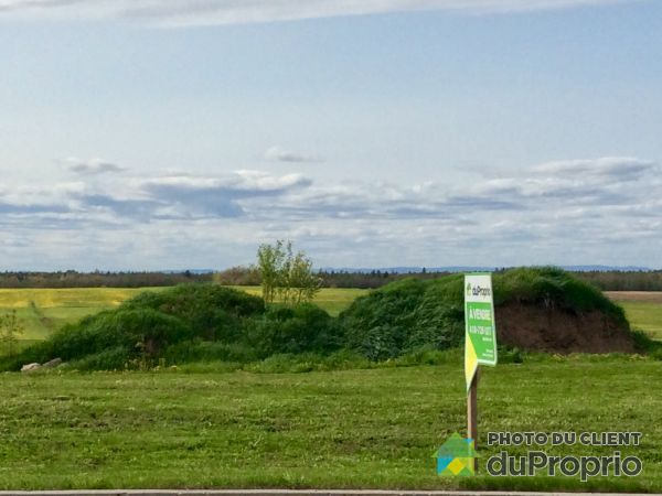 Lot - 247 rue Principale, Issoudun for sale