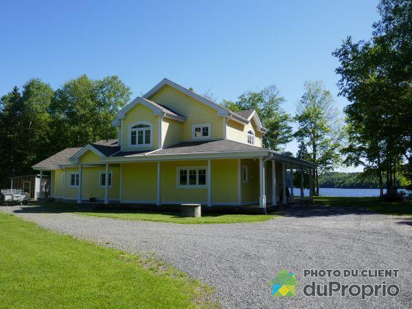 Waterfront - 40 impasse de la Pointe-à-Comeau, Shawinigan (Grand-Mère) for sale