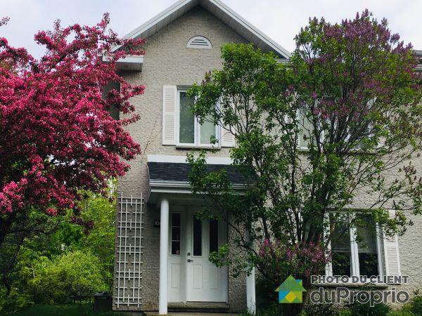 Summer Front - 1083 rue de la Voie, St-Jean-Chrysostome for sale