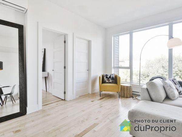 Living Room - 3950 rue Sherbrooke Est (coin d'Orléans) - Unité 315- Le Botanik Phase 2, Mercier / Hochelaga / Maisonneuve for sale