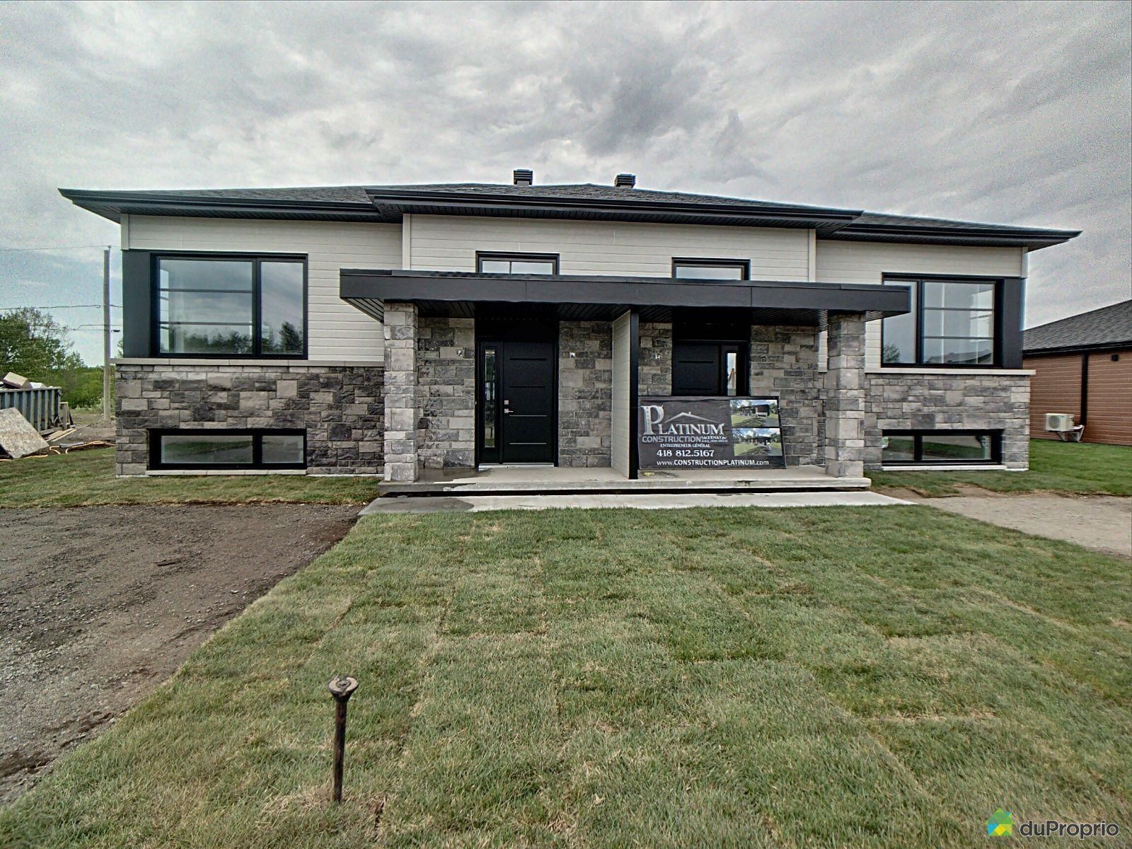 2440, rue du Cinéma - Par Construction Platinum Saguenay inc., Chicoutimi (Chicoutimi) à vendre