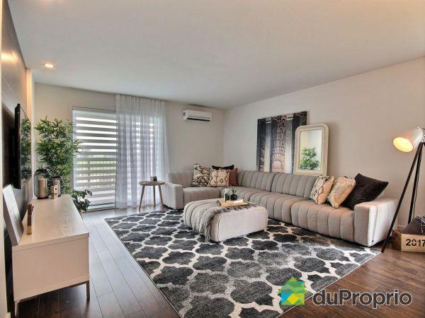 Living Room - 80 rue Toe-Blake - Unité 102 - Par Odyssée Condos, Vaudreuil-Dorion for sale