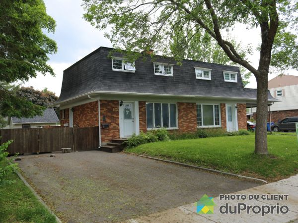 Front Yard - 2090 rue Coursol, Neufchatel for sale