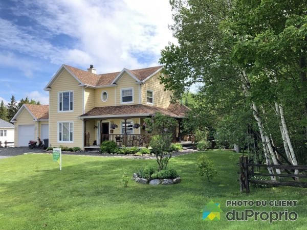Summer Front - 498 6e Avenue, Sts-Anges for sale