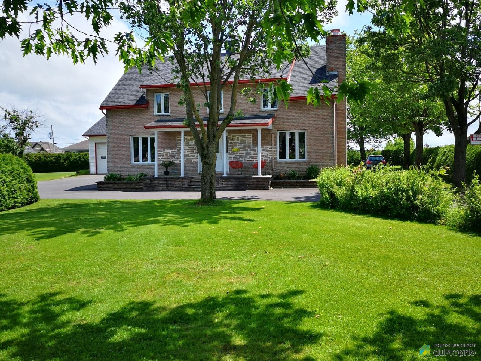 521 rue Boilard, St-Bernard for sale