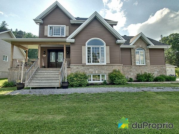 697 rue Vaillancourt, Larouche for sale