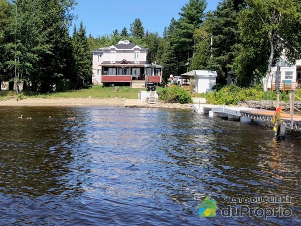 Waterfront - 82 chemin des Cerfs, Adstock for sale