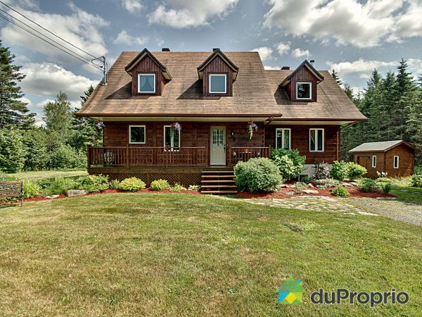 557 route du Golf, Lac-Etchemin for sale