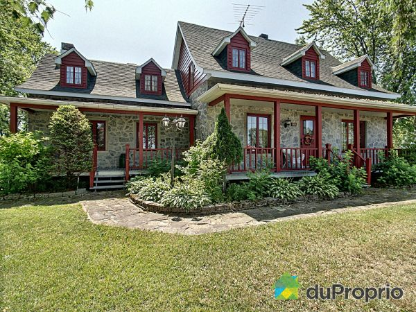 156 route Marie-Victorin, Baie-Du-Febvre for sale