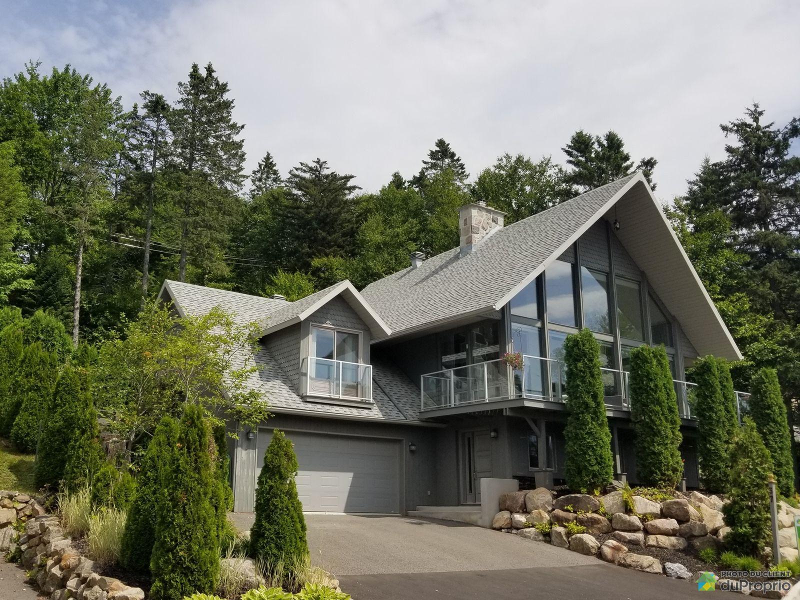 37 avenue du Lac, Lac-Delage for sale