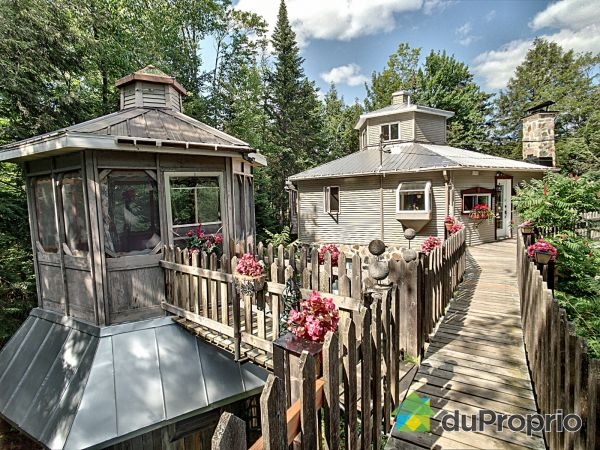 Gazebo - 1070 chemin Bruno-Lord, St-Mathieu-Du-Parc for sale