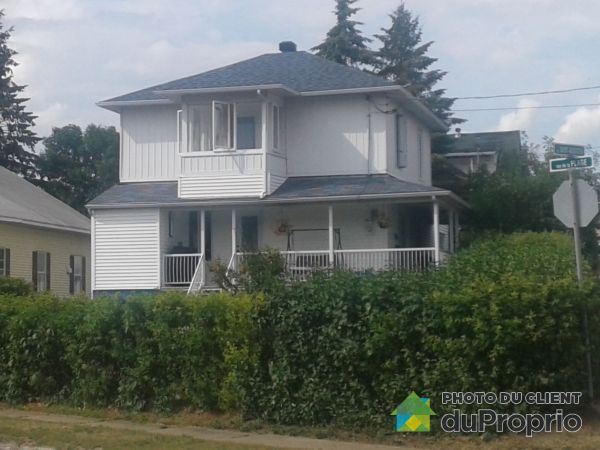 369 rue Saint-Augustin, La Tuque for sale