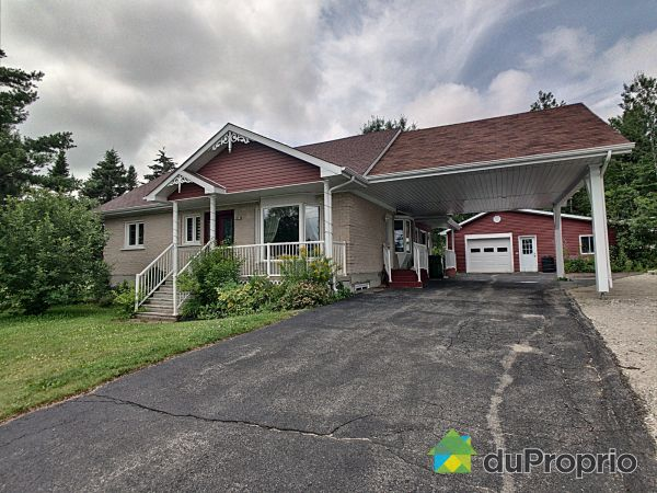 191 rue Perron, St-David-de-Falardeau for sale