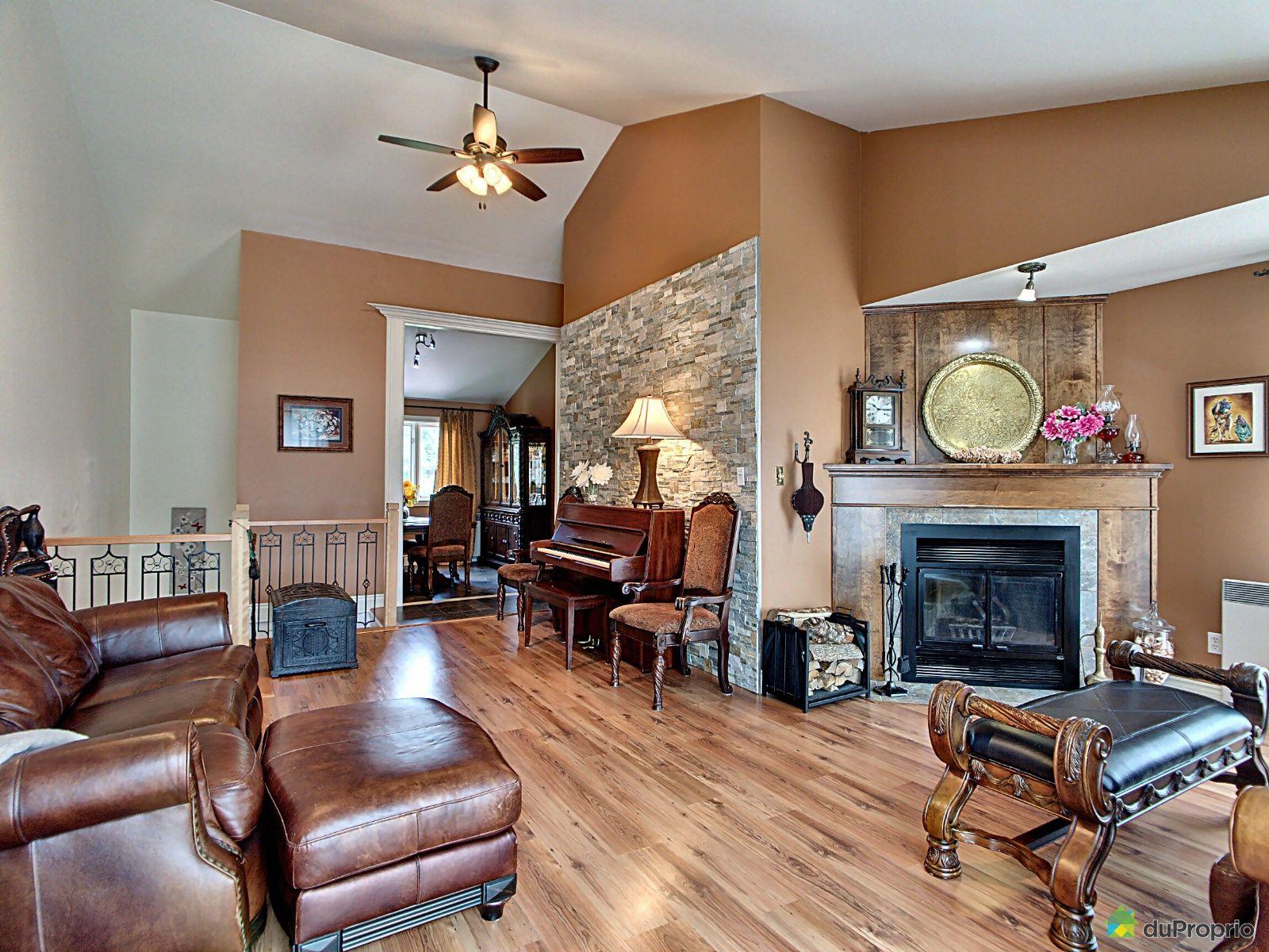 Living Room - 218-264 avenue du Parc, Sherbrooke (Deauville) for sale