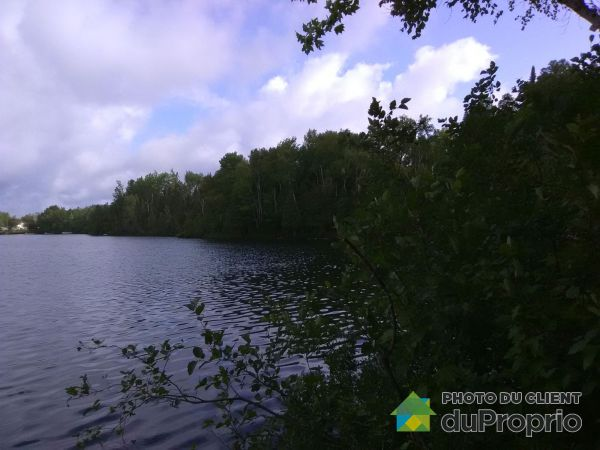 chemin du Lac Gatineau, Mont-Laurier for sale