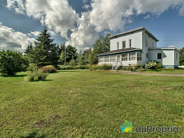 795 route Ducharme, St-Roch-De-Mekinac for sale