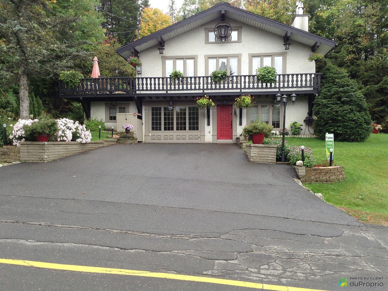 6582 rue Lavoie, Val-Morin for sale