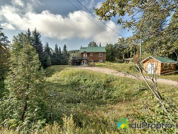 659 chemin du Tableau, Ste-Rose-Du-Nord for sale