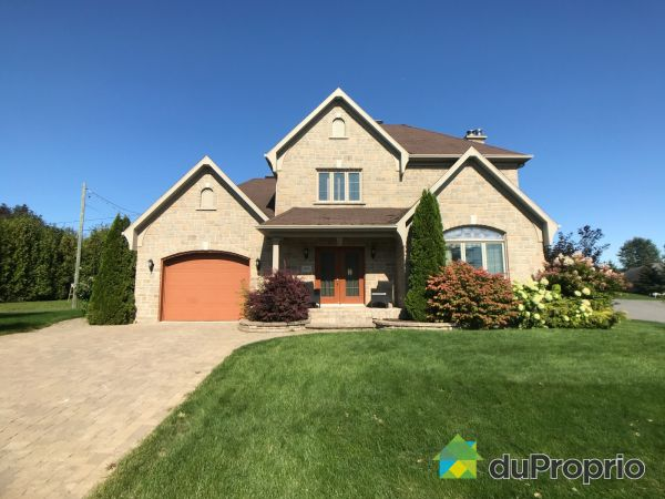 325 rue Brière, Donnacona for sale