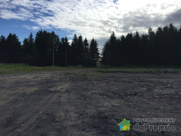 Lot - rue Taniata, St-Jean-Chrysostome for sale