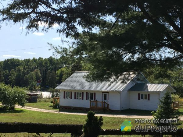 65 chemin de la Baie-du-Castor, Aumond for sale