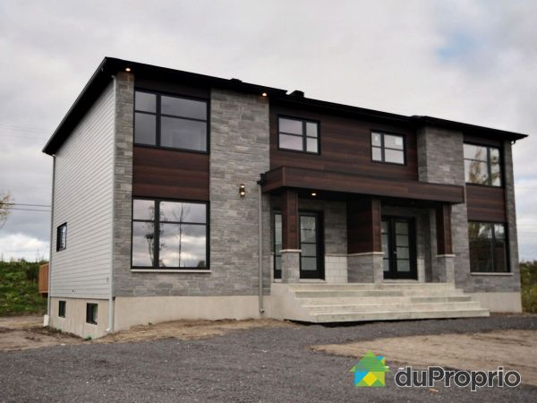 2931 rue Albert Lachance - Par Construction Maurice Bilodeau, Pintendre for sale