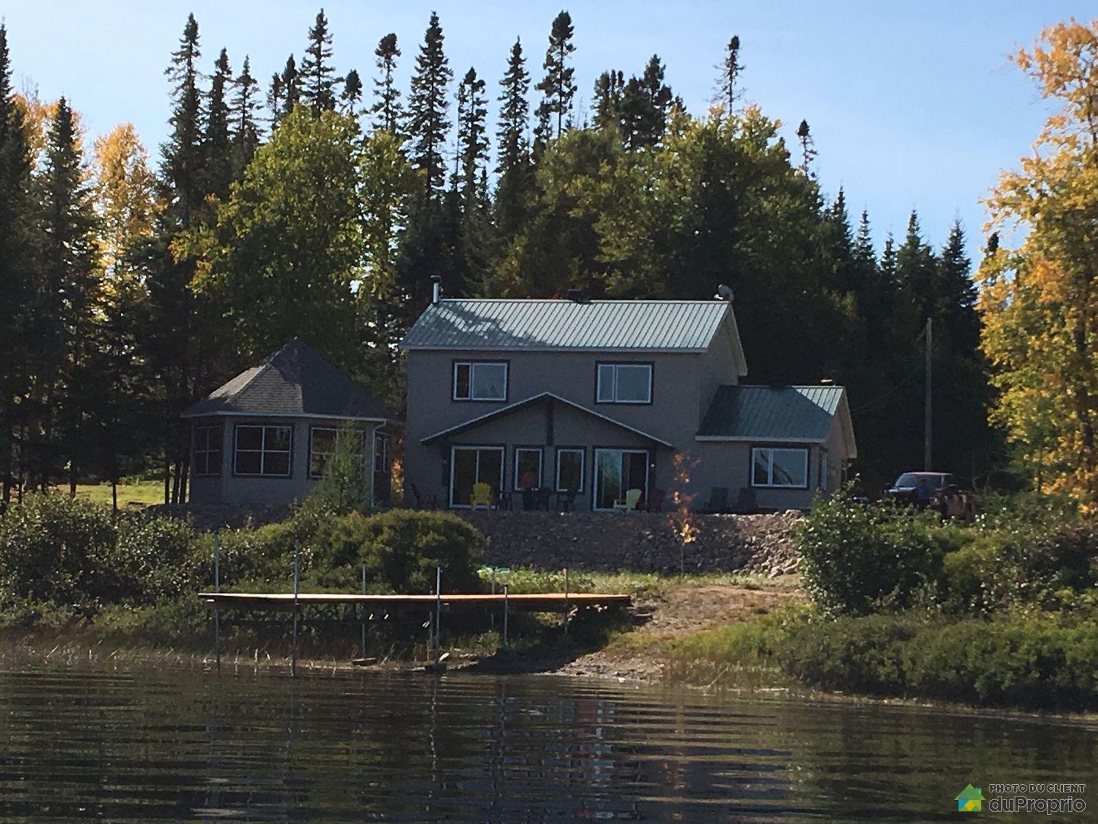 Cottage - 308 chemin Baie-Power, La Tuque (Lac-Édouard) for sale