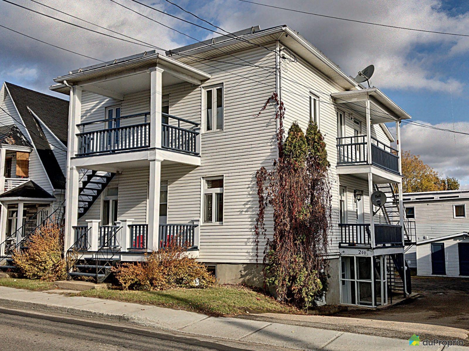 200-202-204, rue Saint-Jean-Baptiste, Baie-St-Paul à vendre