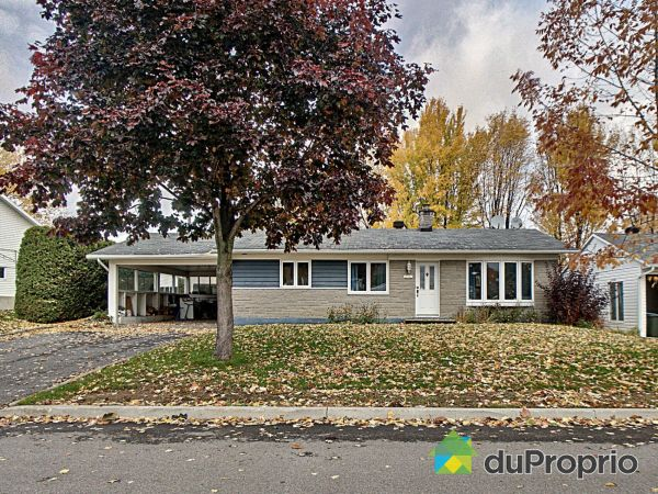 10790 rue Maurice-Proulx, Neufchatel for sale