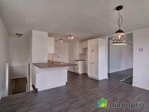 961 avenue Gilles-Villeneuve, Berthierville for sale