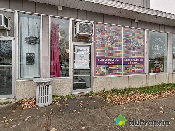 2323, rue Poitras, Jonquière (Arvida) à vendre