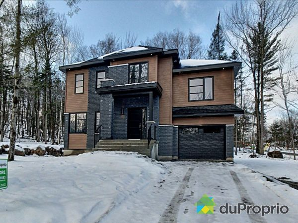4 rue Mégane - L'Agostino 2 - Par Construction Cousineau, St-Hippolyte for sale