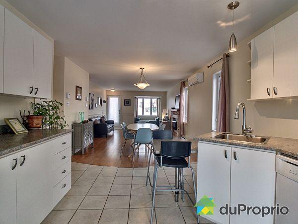 7197, rue Tourangeau, Longueuil (St-Hubert) à vendre