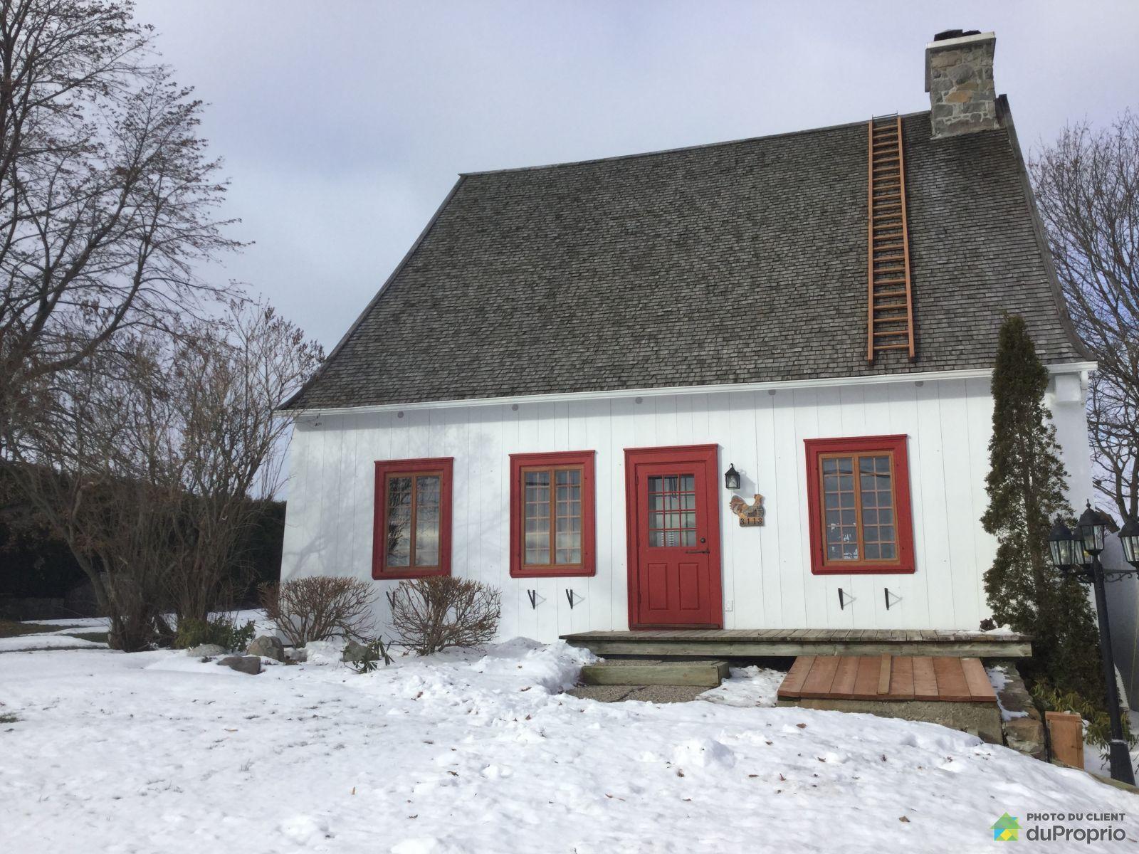 Winter Front - 3113 avenue Royale Est, St-Charles-De-Bellechasse for sale
