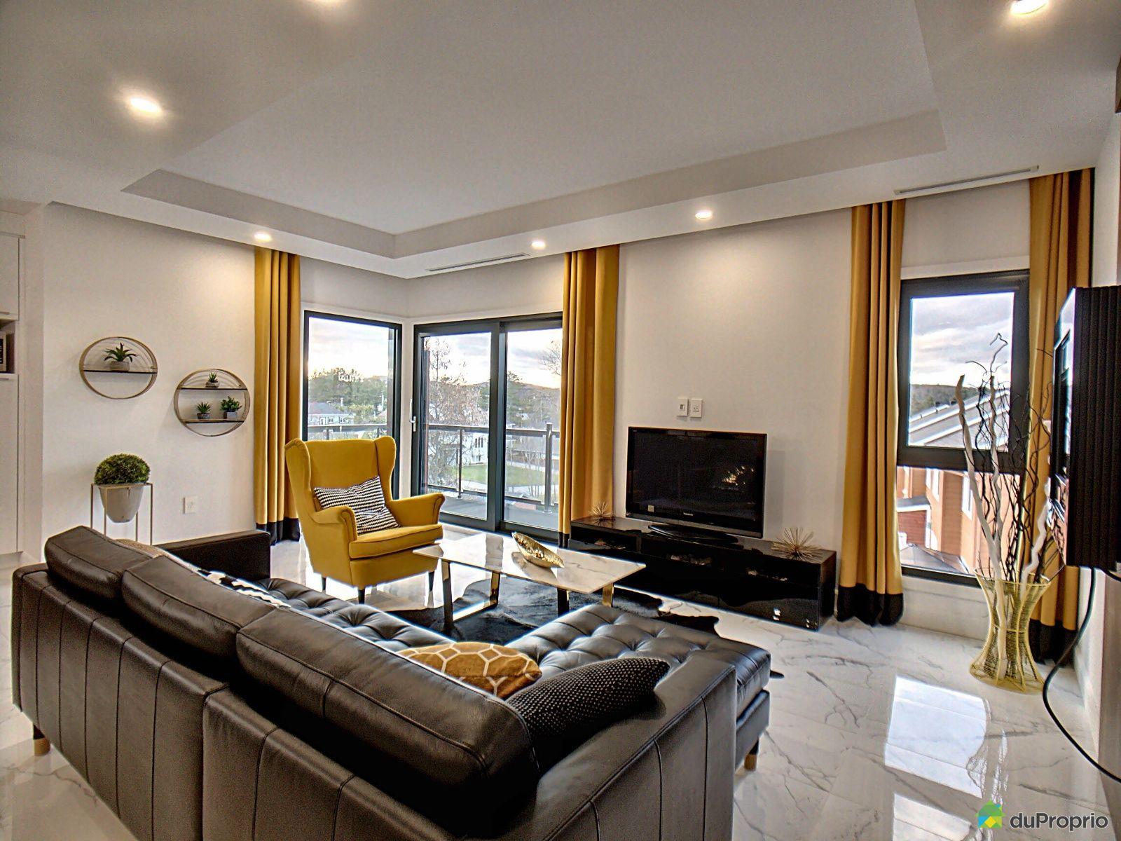 Living Room - 3 rue Maisonneuve, Ste-Catherine-de-la-JC for sale